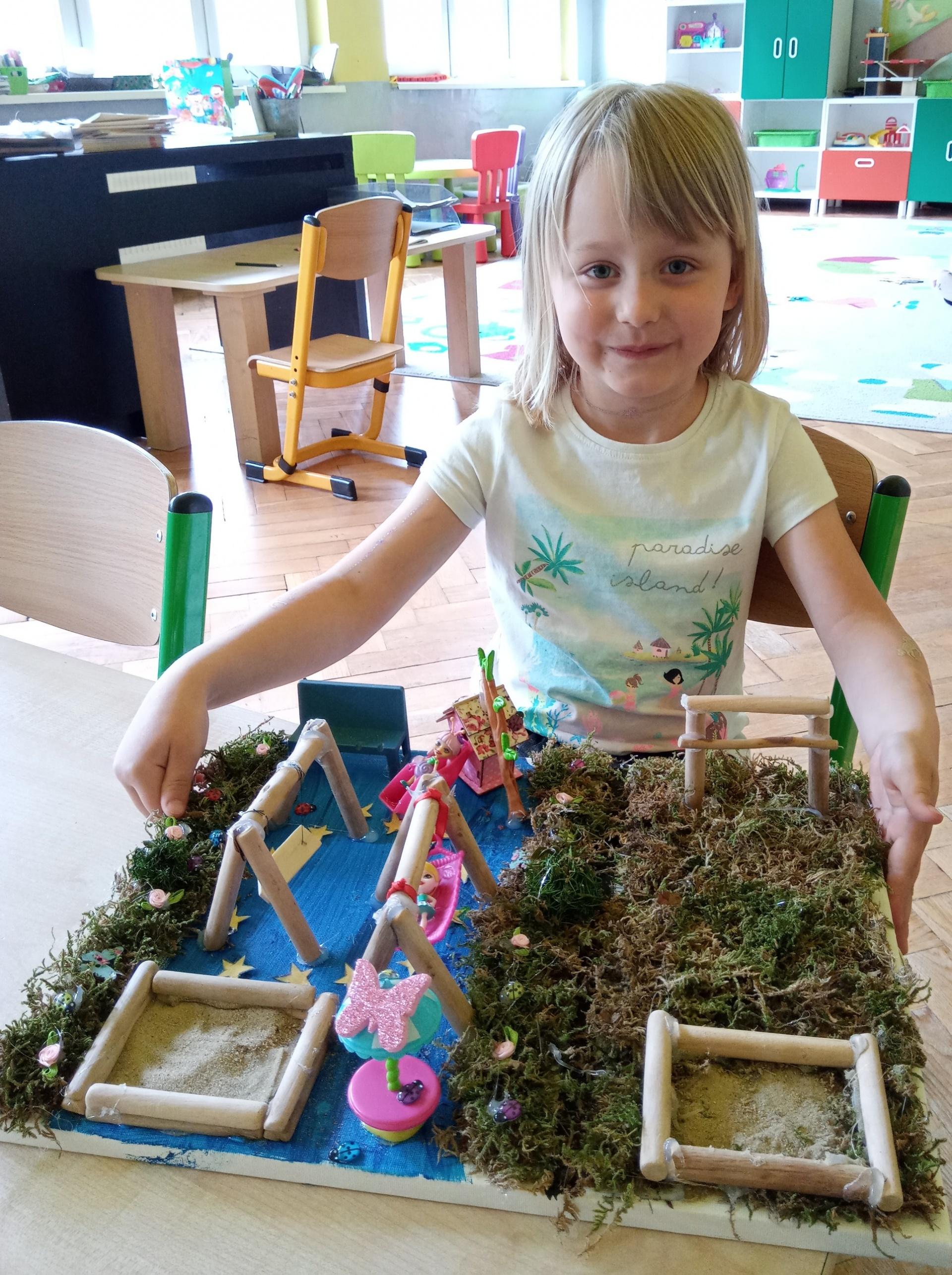 Nela i jej praca